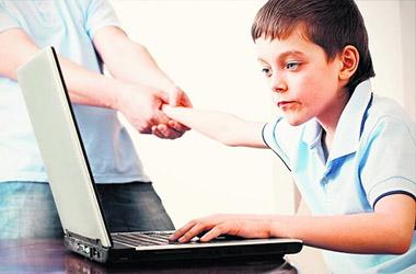 Datoratkarība bērniem un drošu interneta lietošanu
